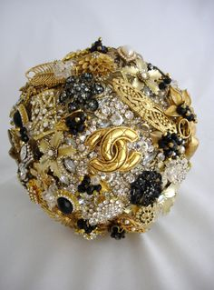 Lillybuds Decadence Gold and Black Wedding Brooch Bouquet