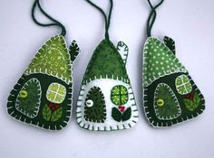 Felt Christmas ornaments, 3 House decorations, Green and white patchwork houses.