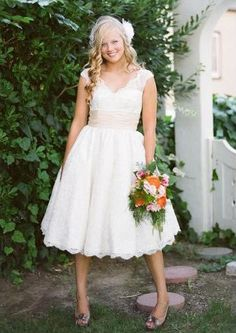 Short lace wedding dress/garden wedding dress/ cheap plus size wedding dresses/knee length short wedding dresses/white lace dress on Etsy, $178.00