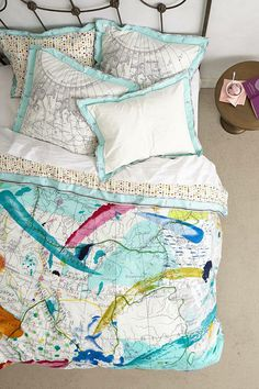 LOVE this cartographic duvet cover.