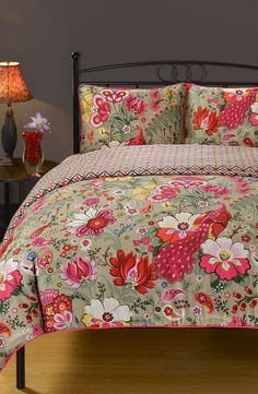 Pink printed duvet cover. Yes please.