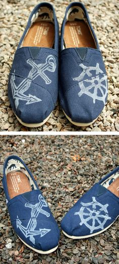 Nautical Toms. Must. Get. These. Shoes.