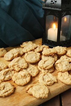 Beyond the Wall: 3 Ingredient Peanut Butter Cookies -- made with only sugar, egg, and peanut butter