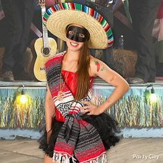 Corset and tutu + serape, mask and sombrero = a sexy south-of-the-border Bandida Beauty! Click for details and more Cinco de Mayo outfits!