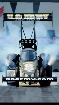 Tony Schumacher TopFuel army Dragster