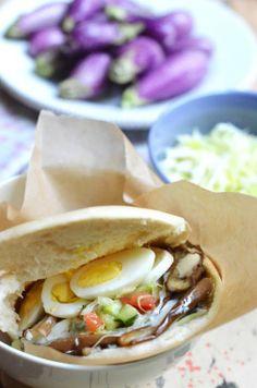 MY FAV♥♥♥Sabich (סביח) Israeli street food sandwich made from eggplant
