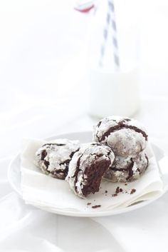 triple chocOlate crackle cookies