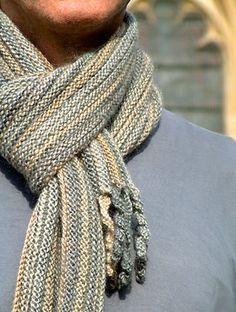 Free Pattern: Preppie Scarf by Anni Howard.