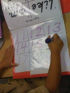 Love For Kindergarten: Say Goodbye To Boring Calendar Time...Hello Mimio / Calendar Notebooks!