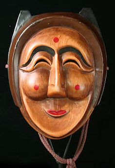 http://haha.nu/beautiful/masks-from-around-the-world-2/  An on-line gallery for mask collectors and folk art lovers featuring tribal masks from Africa, India, the Himalayas, Asia, China, Korea, Java, Bali, New Guinea, Northwest Coast America, Mexico, Guatemala, the Caribbean, and Native America.