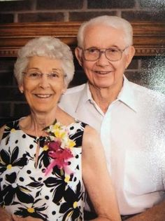 PRAYERS NEEDED PLEASE: 6/18/2013 - Vernon Hunt, 91, and Goldie Hunt, 81, from Garnett, Kansas have not been heard from since Monday when they left on a trip to Dwight, Illinois. They were presumed to have taken Interstate 70 from Kansas City to St. Louis and Interstate 55 to Dwight.  Their vehicle is a black 2005 Chrysler 300 with Kansas plates 473FNM.  Their son, Jay Selanders, said they have a cell phone but it has apparently not been turned on. Anyone with information is asked to call 9-1-1.
