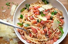 Tomato Mascarpone Pasta. Pregnancy + Pasta = Happiness.