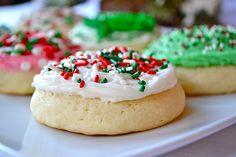 Lofthouse Sugar Cookies sugar cooki, lofthous sugar, sweet, food, mother thyme, yum, recip, cookies, christma