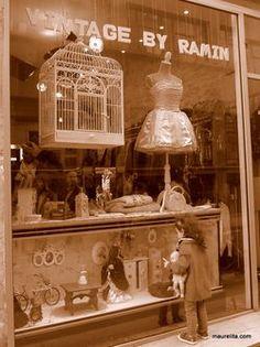 Vintage shopping in Le Marais via maurelita.com