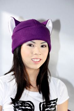 PURPLE / WHITE KITTY cat fleece HAT $15.00