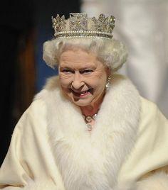 The Royal Order of Sartorial Splendor: Tiara Thursday: The Next 15