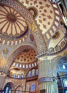 Blue Mosque  Istanbul  ~~ Turkey .. Islamic Architecture