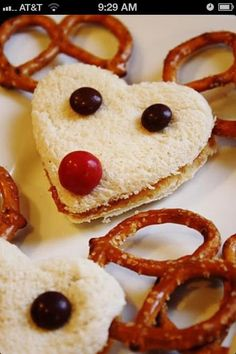 Precious idea for a  Christmas snack (:
