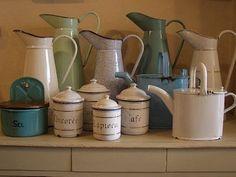 french enamelwar, cleanses, boxes, vintage enamelware, ceramics