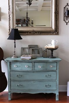 Like the style, love the colour