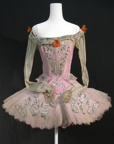 Tutu worn by Violetta Elvin as Princess Aurora in Act I of the Sadler's Wells Ballet revival of 'The Sleeping Beauty' (1946)