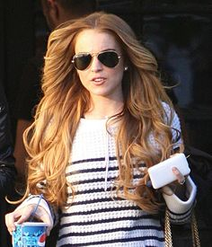 strawberry blonde Lindsay Lohan in Lindsay Lohan Goes To A Hair Salon