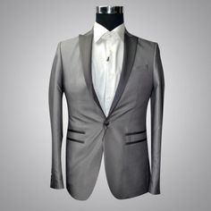 Gioberti Regular Fit V-Cut Double Pocket Suit - 46. Too small for the mannequin