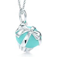 enamel finish, cupcakes, charms, cupcak charm, sterl silver, tiffany blue, sterling silver, tiffani blue, tiffani cupcak
