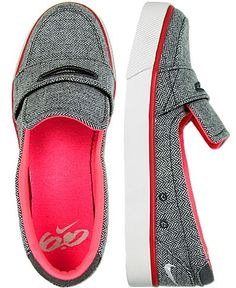 nike loafers...comfy and cute. I NEED THESE NOW!