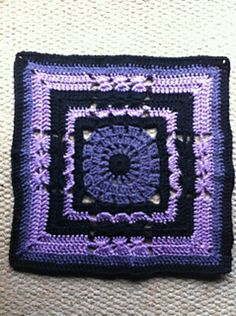 """Ravelry: Project Gallery for Versailles - 12"""" Square pattern by Melinda Miller"""
