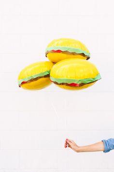 Make someone's day. Make burger balloons. #DIY #omnomnom