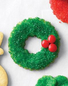 Sugared Wreath Cookies Recipe. So simple and such a vintage feel.