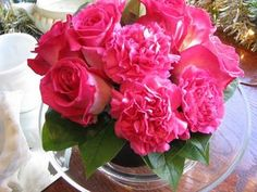 "Read: ""Floral Centerpiece Secrets Part 1: Matrching the Arrangement To The Table""  - Image: www.flymetothemoonflorists.com #flowers  #centerpiece #pink"