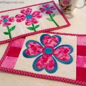 Patchwork LOVE Mug Rugs - Valentine's - via @Craftsy