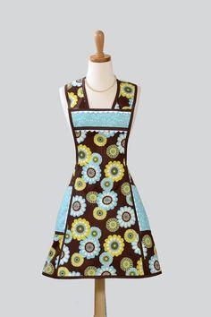 Vintage Apron   amazing aprons i found on esty i love lucy apron vintage style apron