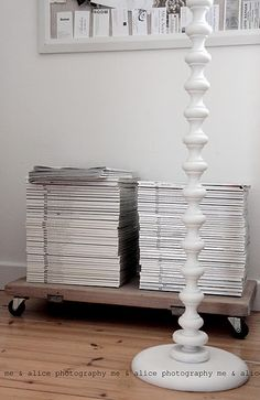 moveable platform for magazines