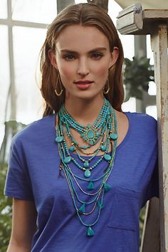 love these layered necklaces...