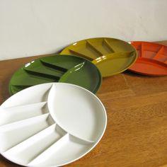 Vintage Plastic Snack Plates -- Set of 4