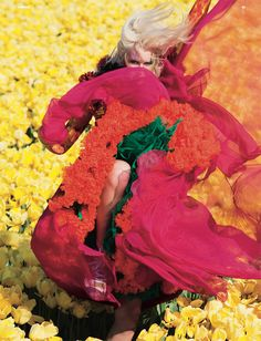Fashion editorial in a Netherlands tulip field. Wow! (photography by viviane sassen, styling by katie shillingford)