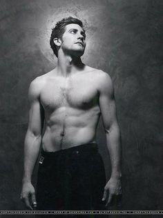 35 Jake Gyllenhaal Shirtless Photos | 8 | Socialite Life