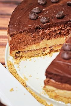 5 Layer Reese's Peanut Butter Chocolate Cheesecake. No Bake!!