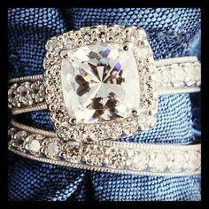 Vintage wedding rings. Absolutely stunning
