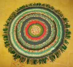 beautiful rag rugs!