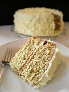 Banana cake with Rum Cream cheese frosting ~~Lovvve me some banana cake!!!~~