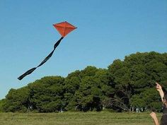 How to make a diamond kite - FUN! Come on and give it a try! Let's go fly a kite...