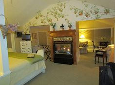 Bufflehead Cove Inn: Bright and cheery