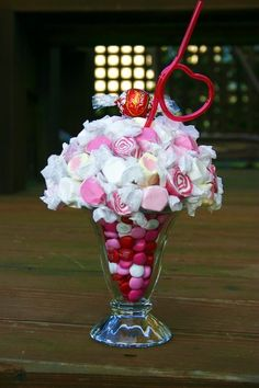 valentine day crafts, centerpiec, candy crafts, candi, sweet treats, candy bouquet, valentine gifts, milkshak, parti
