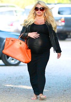 Jessica Simpson is ready to pop with baby #2!
