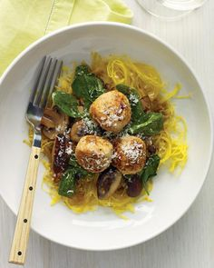 spaghetti squash w/ turkey meatballs and mushrooms (love this website- lots of fresh healthy recipes) cook, turkey meatballs, whole living, food, dinners, yum, spaghetti squash recipes, healthi recip, meal