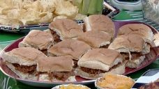Tasty tailgate tips for the perfect football party | Fox News Video